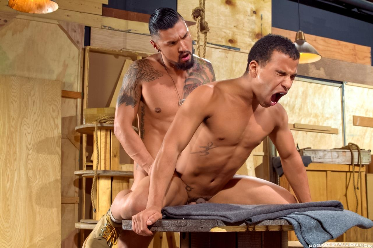 Raging-Stallion-Boomer-Banks-and-Trelino-Huge-Uncut-Cock-Fucking-A-Black-Ass-Amateur-Gay-Porn-10 Young Black Guy Takes Boomer Banks Huge Uncut Cock Up The Butt