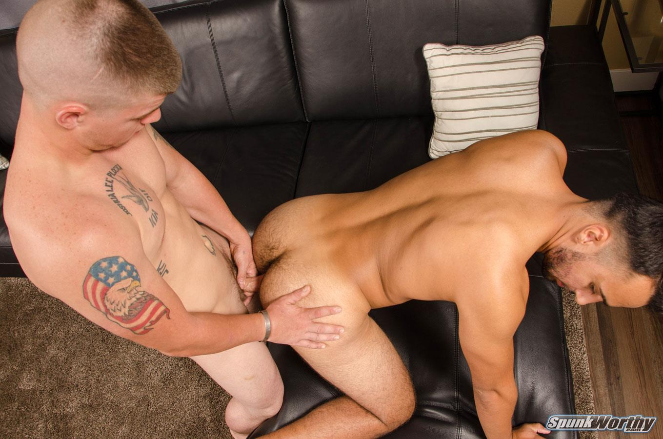 Nasty Amateur Straight Guy Fucks Ass