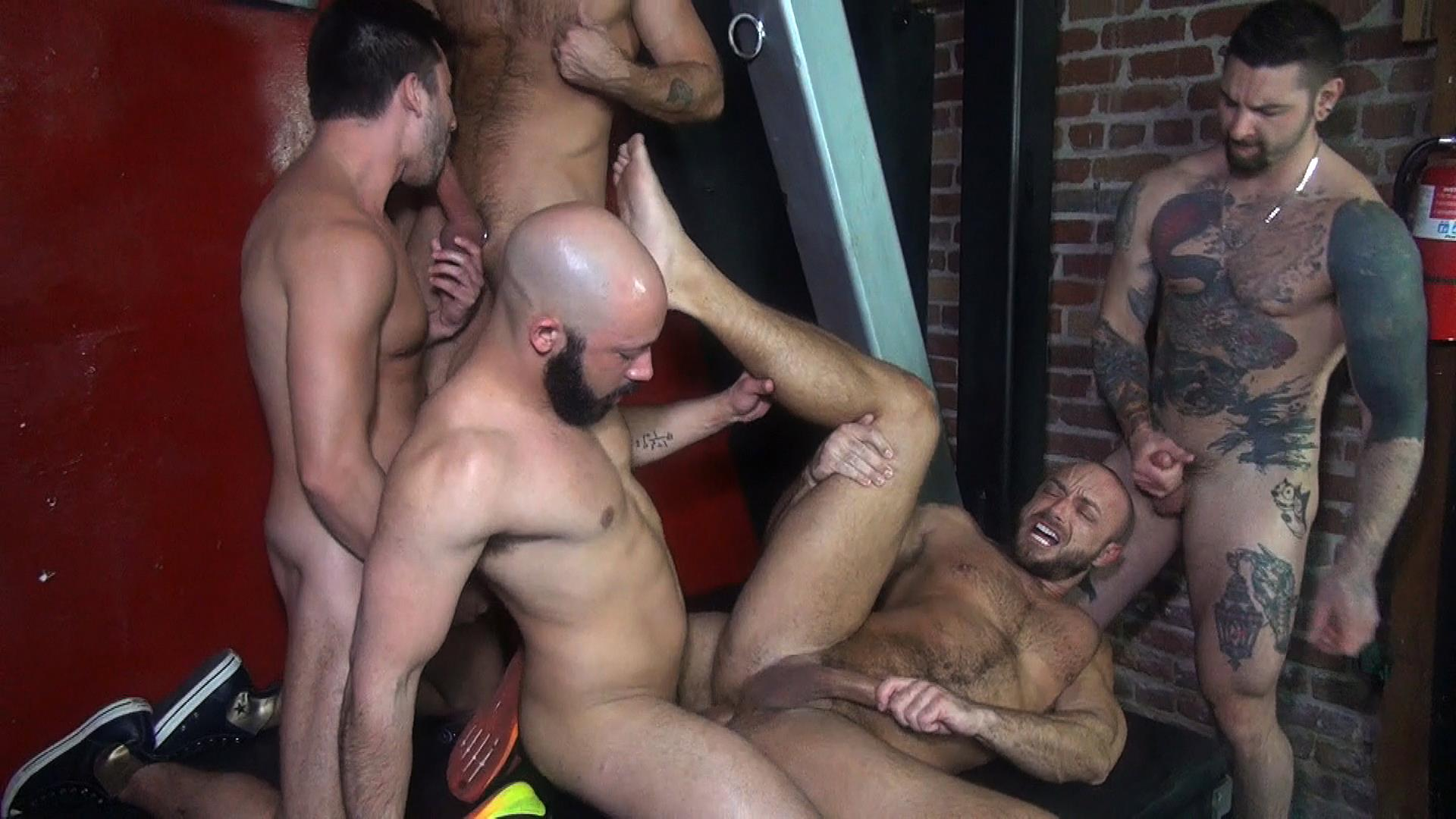 Raw-Fuck-Club-Dylan-Strokes-and-Scott-DeMarco-and-Jack-Andy-and-Jessie-Colter-and-Teddy-Bryce-Bareback-Sex-Video-09 Jessie Colter's First Bareback Gangbang At A Sleazy Bathhouse