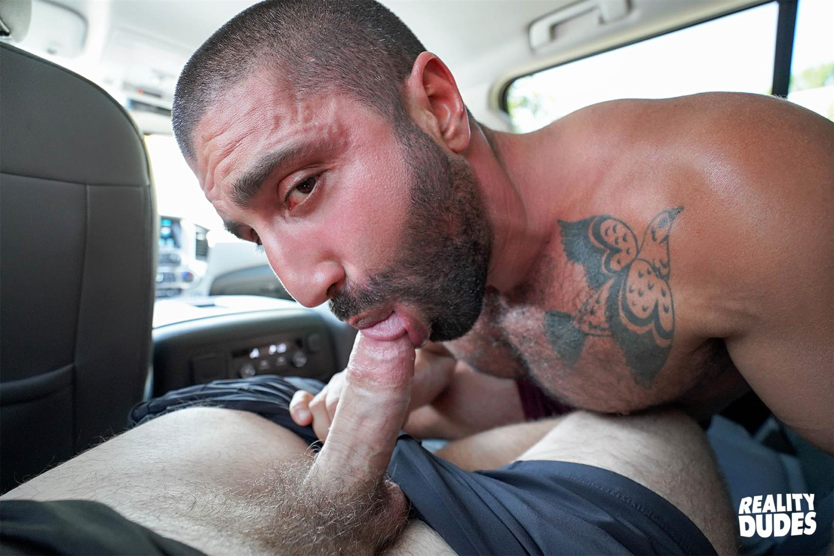 Reality-Dudes-Sharok-Straight-Guy-Gets-Fucked-In-Hairy-Ass-For-Cash-11 Paying A Straight Muscle Hunk To Let Me Fuck His Hairy Ass