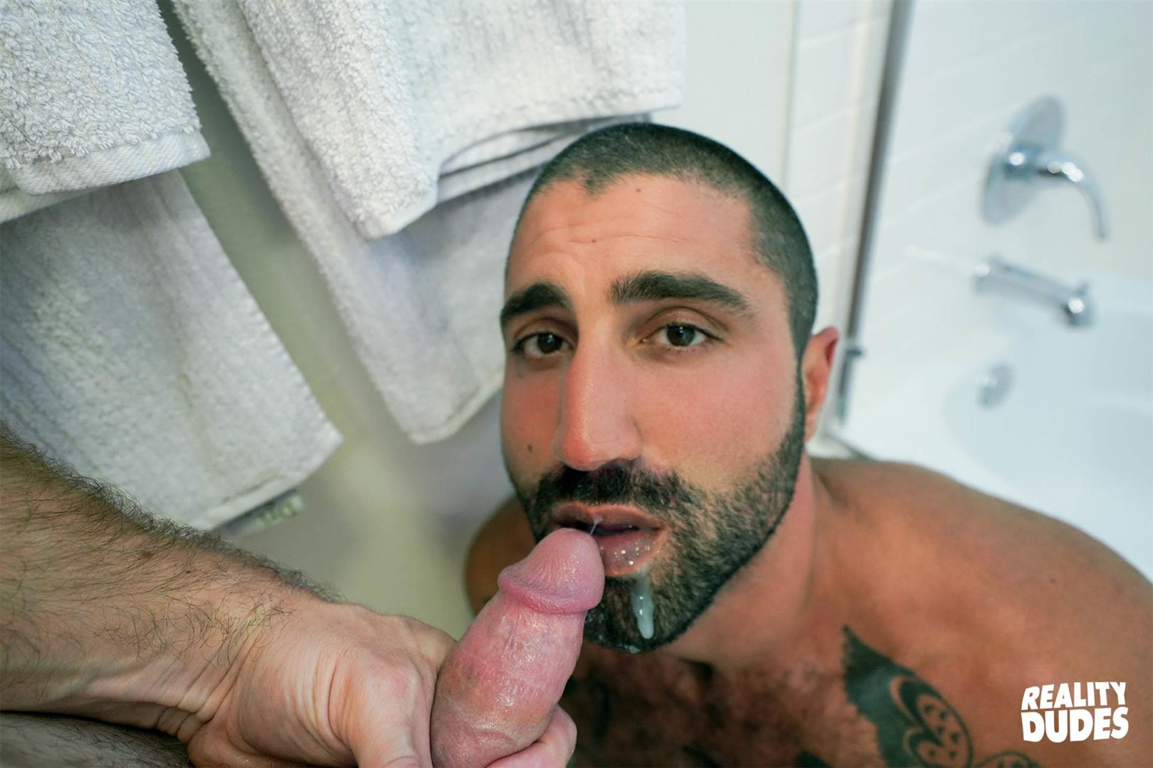 Reality-Dudes-Sharok-Straight-Guy-Gets-Fucked-In-Hairy-Ass-For-Cash-23 Paying A Straight Muscle Hunk To Let Me Fuck His Hairy Ass
